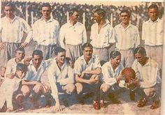 Racing Club de Avellaneda, 1932; de pie de izq a der Stagnaro, Pompey, Bottaso, Scarcella, Garrafa, Della Torre, agachados en el mismo orden; Barralía, Bugueyro, Fassora, Del Giúdice, Perinetti