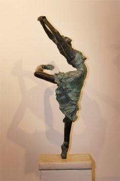 by Edgar Degas Edgar Degas, Degas Ballerina, Art Ancien, Rodin, Dance Art, Objet D'art, French Artists, Famous Artists, Medium Art