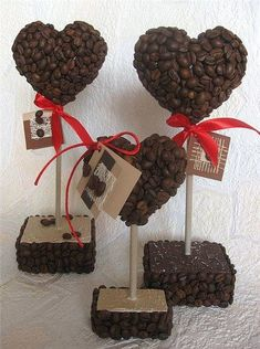 Coffee Bean Art, Coffee Beans, Seed Art, Diy And Crafts, Arts And Crafts, Coffee Crafts, Chocolate Coffee, Craft Party, Handicraft