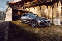 Novitec tuned Maserati Levante  494 HP, carbon aerodynamic enhancement and 22-inch king-sized wheels for the Maserati Levante.