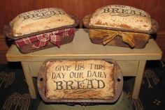 The final picture of the 'Primitive Bread Loaves' tutorial