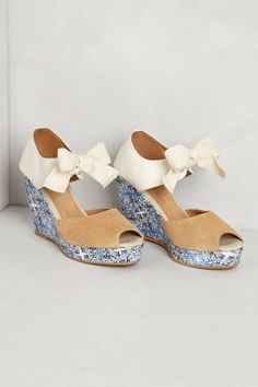 Anthropologie Twill Petal Wedges 9, Suede Cotton Floral Sandals, Jacques Levine #JacquesLevine #PlatformsWedges #Party