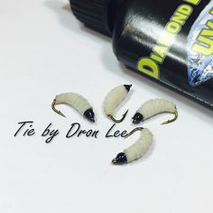 Simple larva pattern but it's been one of my most deadliest pattern for our local river fish #flies #larva #freshwaterflies #nymph #flytying #fishablerealistic #flytyingnation #flyfishing