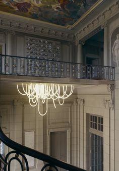 'Les Cordes' Kronleuchter des französischen Designers Mathieu Lehanneur.