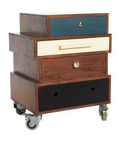 På tok för dyr, men jag älskar designen.  House Doctor Mix Sängbord