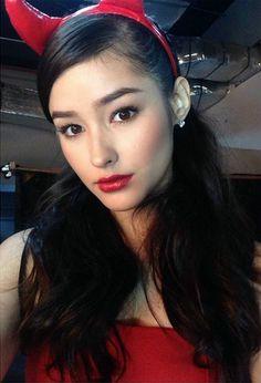 Liza Soberano Filipina Actress, Filipina Beauty, Hey Gorgeous, Gorgeous Hair, Beautiful Asian Women, Beautiful Models, Lisa Soberano, Girl Crushes, Cute Woman