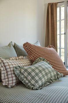 Bedroom Themes, Bedroom Decor, Bedroom Ideas, Heather Taylor, Dreams Beds, Cozy Bedroom, Master Bedroom, Home Decor Inspiration, Design Inspiration