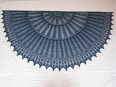 Ravelry: EZ 100th Anniversary Gull Wings Half-Circle pattern by Mwaa Knit
