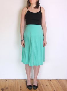 Hey, I found this really awesome Etsy listing at https://www.etsy.com/listing/229101635/70s-pleated-midi-skirt-mint-teal