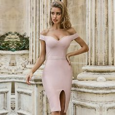 1 new message Fashion Colours, Pink Fashion, Fashion Outfits, Fashion Group, Fall Fashion, Classy Outfits, Fall Outfits, Christmas Outfits, Party Gowns