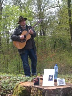 "Concert ""Ushuaïa"" - Balade contée à Etalle (1/05/2012)"