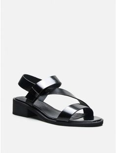emmit sandal by Intentionally __________