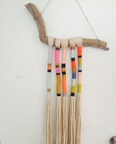 Excellent Bohemian yarn wrapped tassel wall hanging Vibrant boho tassel yarn artwork in vi. Yarn Crafts, Diy And Crafts, Arts And Crafts, Modern Crafts, Art Fil, Creation Deco, Textile Art, Diy Art, Fiber Art