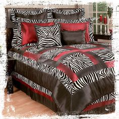 Safari style obsessed? Shout out your jungle chic style with this zebra print comforter set. #AnnasLinens #AnimalPrint