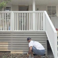 Deck Skirting Ideas - out prior to & after images of Joni's deck for fantastic deck & porch skirting suggestions. GenStone has a range of artificial rock deck skirting material to choose from. Deck Railing Design, Deck Railings, Deck Design, Landscape Design, Stair Railing, Wood Railing, Decking Fence, Front Porch Railings, Deck Stairs