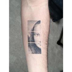 Black and grey Mona Lisa tattoo by Sanghyuk Ko Mrk Cool Arm Tattoos, Small Tattoos, Tattoos For Guys, Fern Tattoo, Tattoo On, Vitruvian Man Tattoo, Grenade Tattoo, Anubis Tattoo, Single Needle Tattoo