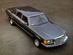 Mercedes-Benz 380 SEL US-spec (W126) ' 01. 1981– 12. 1983