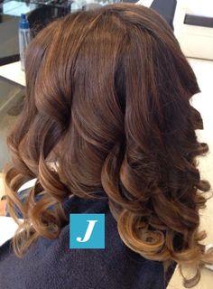 Spotted in salone! Le sfumature inconfondibili firmate Degradé Joelle. #cdj #degradejoelle #tagliopuntearia #degradé #welovecdj #igers #naturalshades #hair #hairstyle #haircolour #haircut #fashion #longhair #style #hairfashion
