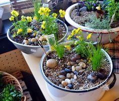 Enamel tubs for plants