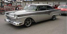 1957 Ford Custom 300 406 Cubin Inch 3 duece Carb with Super Cobra Jet Top Loader 4 Speed