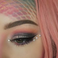 Just finished filming Je viens de terminer le tournage Gem Makeup, Rave Makeup, Fairy Makeup, Mermaid Makeup, Makeup Art, Beauty Makeup, Exotic Makeup, Queen Makeup, Mermaid Hair