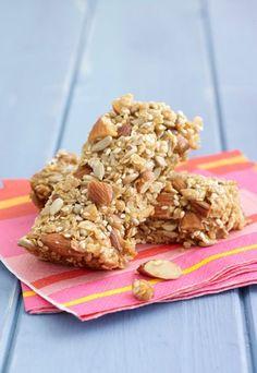 A tutto benessere! Barrette mandorle e cereali | Ricette #snack leggeri e golosi