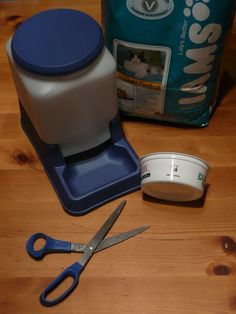 cat-powered automatic cat feeder - this dispenser is self-regulating according to a simple algorithm: while your cat's hunger exceeds his laziness, he shakes the feeder, eats the pellets, repeats