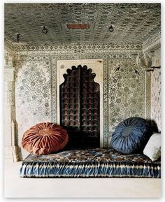 Moroccan Bedroom @ Pin Your Home Moroccan Bedroom, Moroccan Pouf, Moroccan Interiors, Moroccan Decor, Indian Bedroom, Moroccan Inspired Bedroom, Moroccan Furniture, Moroccan Design, Moroccan Style