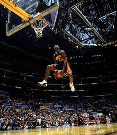 Who won the #NBA 04 SlamDunk Contest? Lebron James Jason Richardson  Fred Jones Vince Carter www.nbabasketballquizgame.com