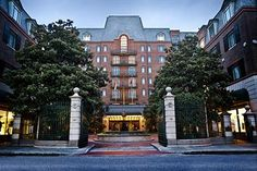 Best #HistoricCharlestonhotels http://www.expedia.com/Historic-Charleston-Charleston-Hotels.0-n6057948-0.Travel-Guide-Filter-Hotels Arrive at your desired location with #CharlestonBlackCabCompany http://www.charlestonblackcabcompany.com/charleston-events/charleston-sc-events-january-2015    @bermanatorretir @kathylove13  @stephkenealy