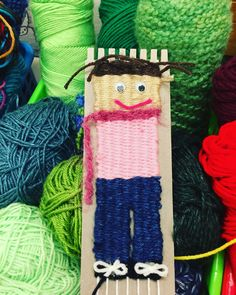Fantastic Screen Donna Staten class - Needlework Tips Here is the sleeve crown also called the sleeve mind or sleeve hat The top often must be reduced i Summer Crafts, Diy And Crafts, Crafts For Kids, Weaving Textiles, Weaving Patterns, Weaving Projects, Art Projects, Weaving For Kids, 3rd Grade Art