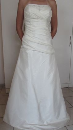 ♥ Brautkleid – ungetragen! – ungeändert! – Gr. 38 ♥  Ansehen: http://www.brautboerse.de/brautkleid-verkaufen/brautkleid-ungetragen-ungeaendert-gr-38/   #Brautkleider #Hochzeit #Wedding