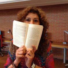 """""""A chi dell'inverno... rimpiange solo le tasche"""" #reading #librarian"""