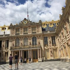 We spent a spectacular day at Versailles yesterday. All the crowds and queues couldn't dampen the beauty and extravagance of this place.