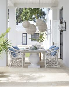 The perfect setting | Terrace Dining Table