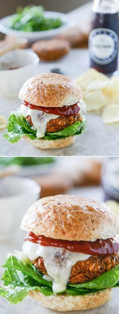 Crispy Crunchy Chickpea Burgers - the perfect veggie burger and meatless meal! I howsweeteats.com