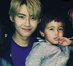 UP10TION Wei (Lee Jinhyuk) with his nephew #이진혁 #진혁 #PRODUCE_X_101 #프로듀스X101 #프듀X  #프로듀스101시즌4 Kpop, Boyfriend Material, Jin, Actors, Boys, Model, Baby Boys, Scale Model