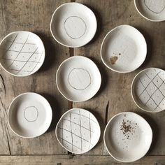 Ceramic dishes, a trendy choice Source by elledecofrance Ceramic Plates, Ceramic Pottery, Clay Crafts, Home Crafts, Kinfolk Table, Life Kitchen, Everyday Objects, Plated Desserts, Elle Decor