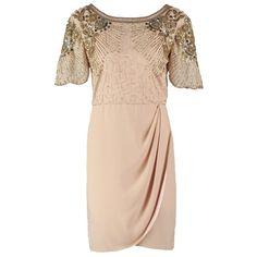 """Vous êtes fan de """"Gatsby le Magnifique"""" et invitée à un mariage chic dans quelques semaines? Cette robe de cocktail rose est votre garantie pour un look sophistiqué et élégant!  Dès 160,00€. Ici: http://stylefru.it/s760991 #robedecocktail #mariage #20s #paillettes"""