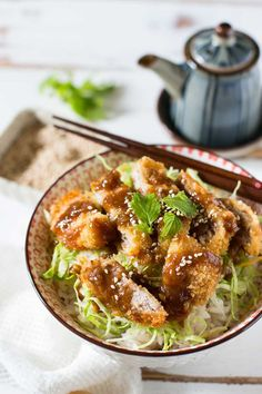 Miso Katsudon is a delicious dish made from katsu (fried pork/meat) on top of rice coated with a tasty miso sauce! Miso Sauce 100 ml water 2 tbs miso tbs mirin tbs sake 2 tbs sugar 1 tsp dashi powder Easy Japanese Recipes, Japanese Dishes, Japanese Food, Pork Recipes, Asian Recipes, Cooking Recipes, Ethnic Recipes, Meatball Recipes, Cooking Tips