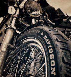 Daily Man Up Photos) - Suburban Men Indian Scout, Harley Tattoos, Harley Davidson Wallpaper, Motos Harley Davidson, Motorcycle Photography, Motorcycle Style, Motorcycle Posters, Royal Enfield, Bike Life