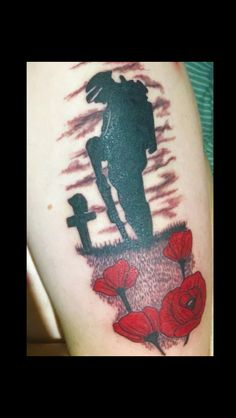 Poppy tattoo solider