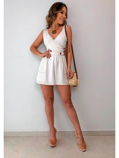 Explore the most up-to-date inspirations and predictions of yankee EAGLE OUTFITTERS. American Eagle Shorts, Ladies Dress Design, Fashion Outfits, Womens Fashion, American Eagle Outfitters, Summer Outfits, White Dress, Mini Skirts, Rompers