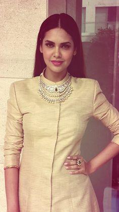#eshagupta in MBj jewelry for FineShine Store Launch