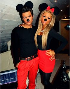 Cute couple Halloween outfits. <3