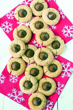 Best Thumbprint Cookies ~ every holiday cookie assortment needs one or two (or three!) great thumbprint cookies, and we've gathered together the best of the best to share! Easy Holiday Cookies, Holiday Cookie Recipes, Holiday Baking, Christmas Desserts, Christmas Baking, Christmas Cookies, Merry Christmas, Christmas Treats, Fun Desserts
