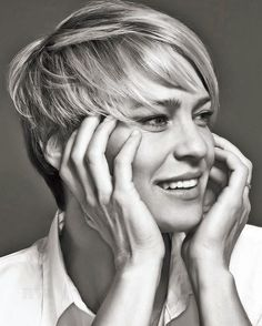 "Robin Wright Site auf Instagram: ""Photography by @mattdoylephoto for @backstagecast #robinwright #backstagemagazine"
