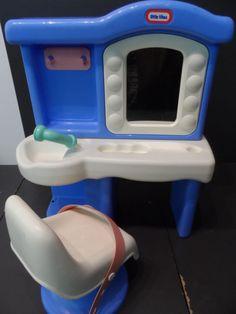 Little Tikes Beauty Salon (blue version)