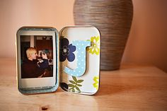 Really cute idea for a photo frame, and perfect for me as I just got an instax mini camera!!