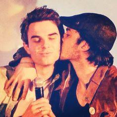 Ian Somerhalder Kisses Nathaniel Buzolic: Vampire Diaries Cute Pic!